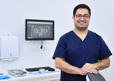 Valeh Mirzabayli - Fachzahnarzt für Oralchirurgie